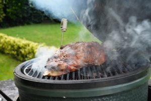 Grillen met groot vlees