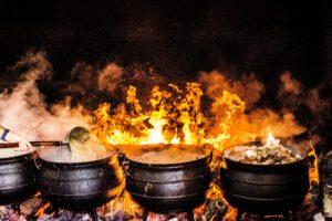 Buiten Koken op open vuur